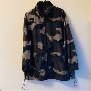 Wild Fable Camo Windbreaker - Large